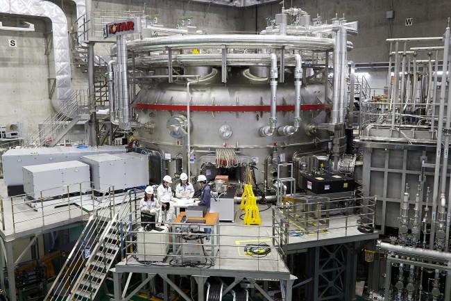 차세대 한국형 초전도 핵융합 연구장치(KSTAR) - 국가핵융합연구소 제공